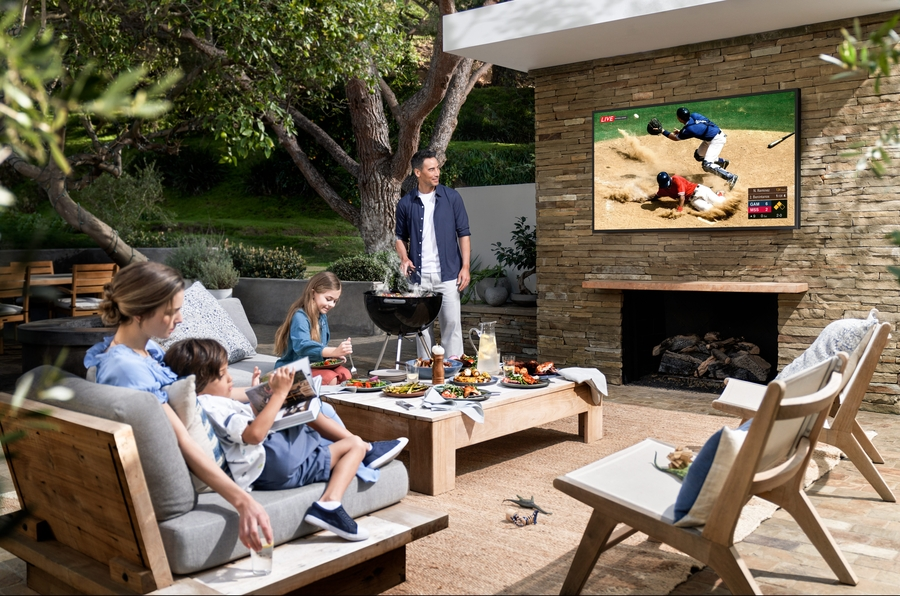 Here's Why You Need an Outdoor TV and Sound System